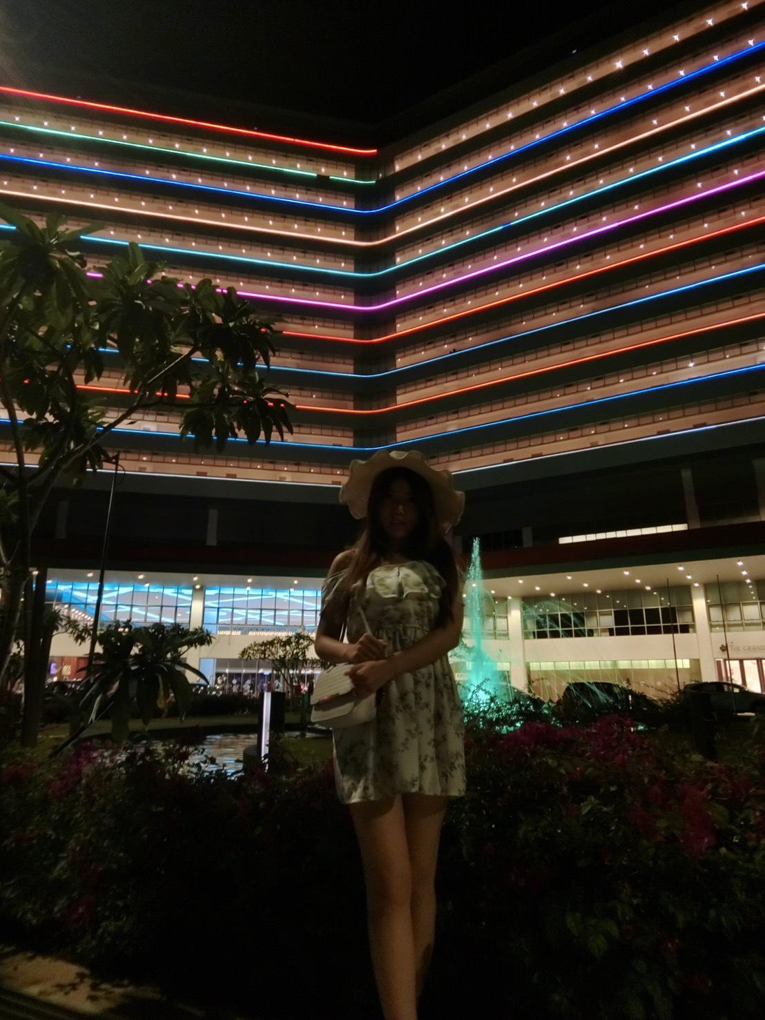 [馬來西亞]大紅花海上泳池度假VILLA