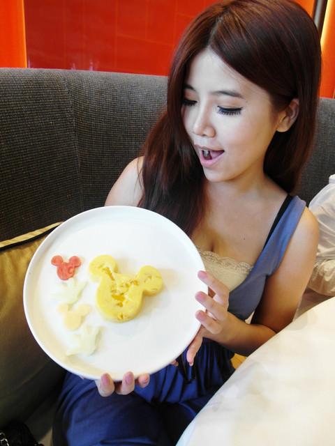 [香港迪士尼樂園]推薦六大必玩景點x必吃餐廳晶荷軒