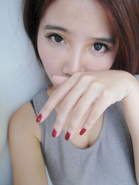 [指彩]讓指尖充滿魔幻搖滾女孩魅力。顏色美到爆的UNT新指彩